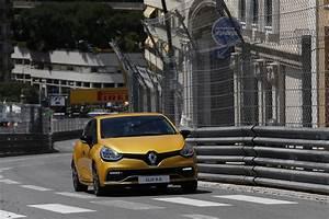 Renault Joué Les Tours : renault clio rs trophy le tour du circuit de monaco en vid o renault auto evasion forum auto ~ Gottalentnigeria.com Avis de Voitures