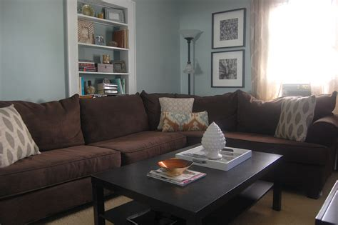 colours that go with brown sofa what color carpet goes with brown couch carpet vidalondon