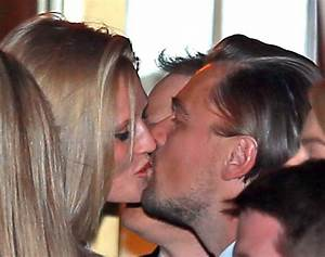 Leonardo DiCaprio kisses Toni Garrn and hangs out with ...