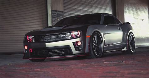 mind blowing modified  chevrolet camaro zl