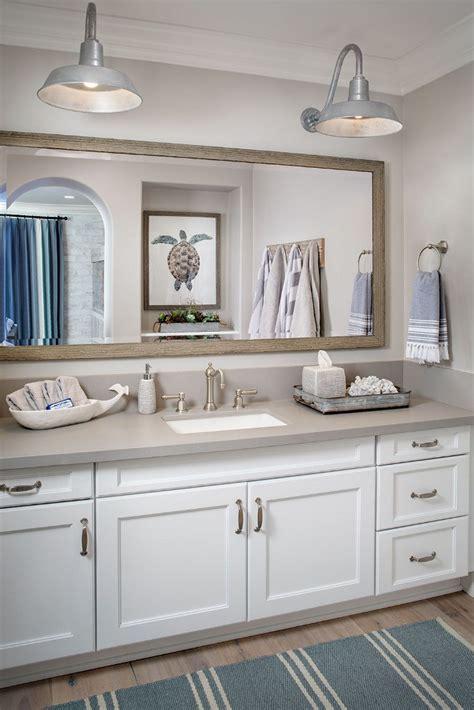 farmhouse bathroom lighting 37 beautiful farmhouse interior designs the home Farmhouse Bathroom Lighting