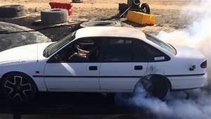 Toyota Loison Sous Lens : vs v6 toyota lexcen burnout youtube ~ Gottalentnigeria.com Avis de Voitures