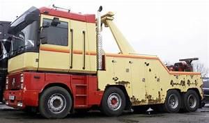 Garage Renault Montelimar : 1000 images about camions on pinterest tow truck semi trucks and trucks ~ Medecine-chirurgie-esthetiques.com Avis de Voitures