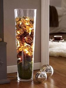 Weihnachtliche Deko Ideen : die besten 17 ideen zu bodenvase dekorieren auf pinterest ~ Markanthonyermac.com Haus und Dekorationen