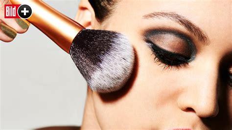 make up akne macht make up pickel und akne bildplus inhalt mode bild de
