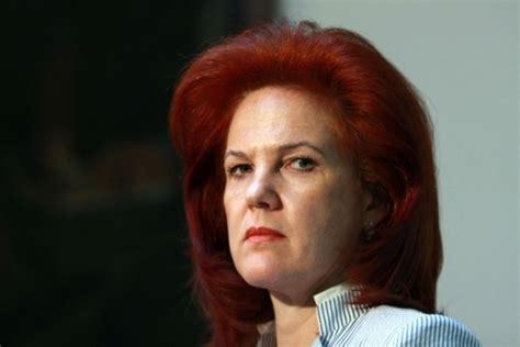 Solvita Āboltiņa savas partijas opozīcijas pārstāvjus ...