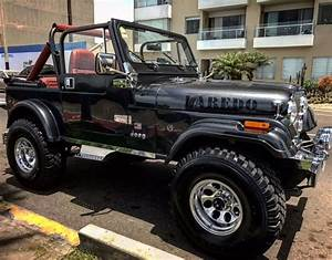 Jeep Cj7 Laredo