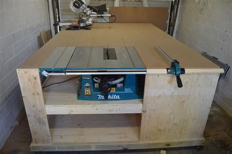 table  installed  workbench    woodworking
