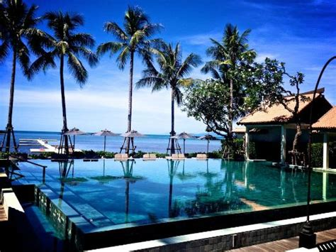 pool from restaurant picture of le meridien koh