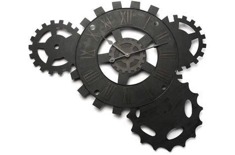 livre de cuisine plancha horloge murale engrenage 71 x 51 cm horloge design