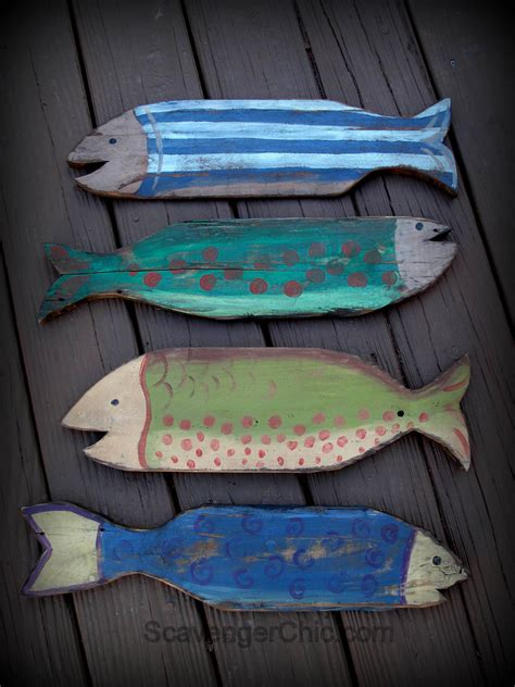 pallet wood projects painted fish wooden fish beach