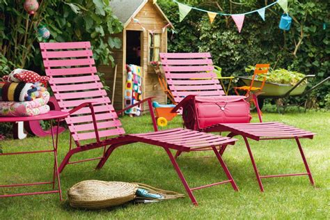 backyard delight metal folding outdoor chaise longue