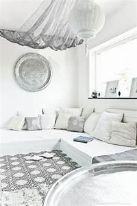 Salon Marocain Blanc : le salon marocain de mille et une nuits en 50 photos ~ Nature-et-papiers.com Idées de Décoration