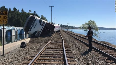 Amtrak Train Derails Near Chambers Bay Golf Course In