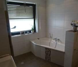 bad offene dusche und badewanne fishzero bad dusche vorm fenster verschiedene design inspiration und interessante ideen