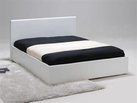 tabouret bar cuisine lit coffre 2 personnes simili avec tête de lit et sommier