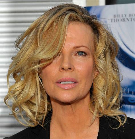 hairstyles popular 2012 medium length wavy hairstyles for