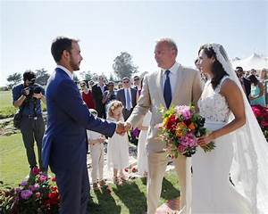 Kevin Costner s Oldest Daughter Marries in Santa Barbara: Photo