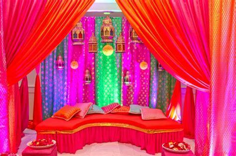 amazing decor   mehndi ceremony