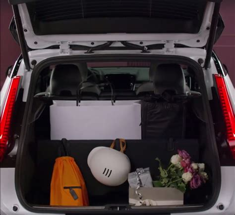 volvo xc leaked boot space
