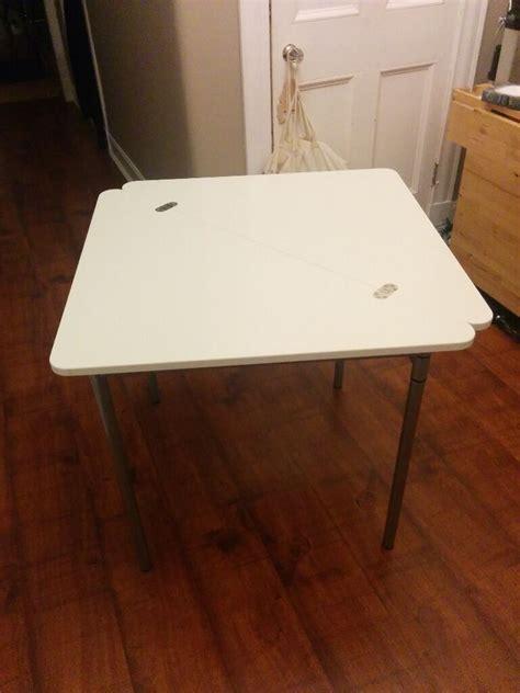 Ikea Tisch Zusammenklappbar by Ikea Folding Table Triangle Nazarm