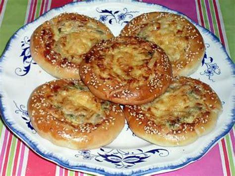 recette pate sale recette de petits sal 233 s au thon et au fromage