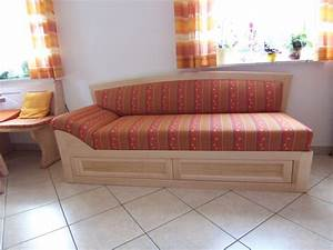 Landhausstil Couch : kanapee landhausstil ~ Pilothousefishingboats.com Haus und Dekorationen