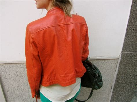 comptoir des comptonniers la hora de teresa baca orange leather jacket
