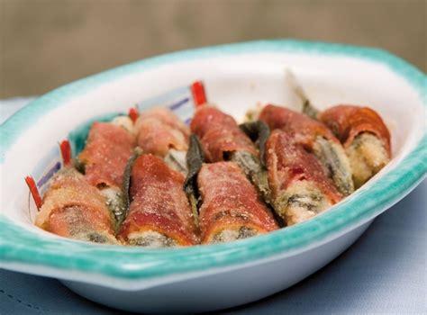 Come Cucinare Le Alici Al Forno by Ricetta Involtini Di Alici Al Forno Cucchiaio D Argento