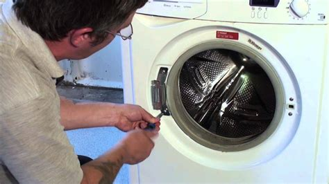How To Replace A Washing Machine Door Hinge (indesit