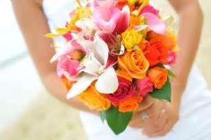 wedding packages in oahu kauai molokai hawaiian wedding bouquets - Hawaiian Wedding Flowers