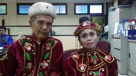 Cerita Pasangan Nikah Massal Di Malam Pergantian Tahun