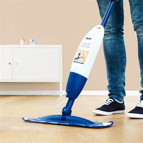 Bona Hardwood Floor Mop Kit by Bona Wood Floor Spray Mop Cleaning Kit Bona