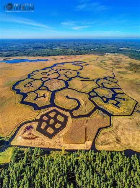 Engures ezera ziemeļu niedrāja kanālu sistēma - Fotovietas