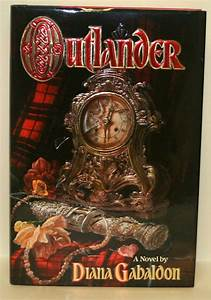 Diana Gabaldon Outlander First Edition Signed Hardcover Mint