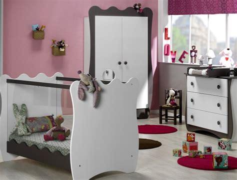 ensemble chambre bébé ensemble chambre bébé lit bébé commode armoire