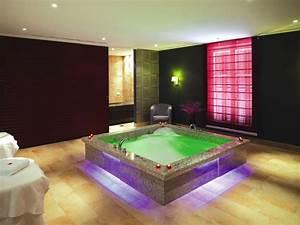 Spa Einrichtung Zuhause : im gr flichen park hotel spa herrschaflich relaxen schwimmbad zu ~ Markanthonyermac.com Haus und Dekorationen