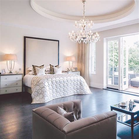 Big Master Bedrooms by 17 Best Ideas About Large Bedroom On Decorate