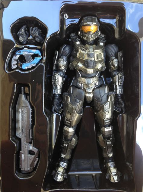 Halo 4 Master Chief Play Arts Figure Unboxing Photos