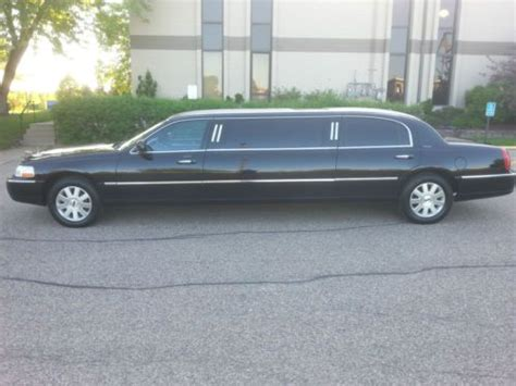 purchase   lincoln town car limousine