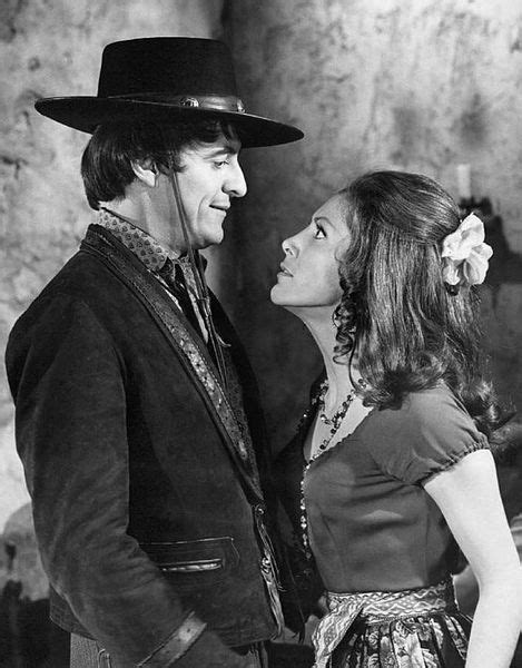 File:Henry Darrow The High Chaparral 1970.JPG - Wikimedia Commons