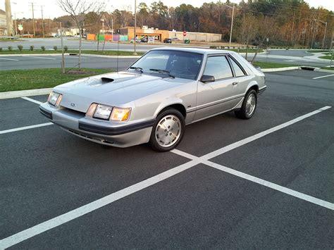 Ford Mustang SVO - Wikipedia