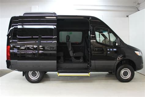 The sprinter 4×4 is an excellent van choice for any commercial business in the riverside area looking to expand their business in the growing mobile economy. New 2019 Mercedes-Benz Sprinter 4x4 2500 Passenger 144 Van in Nanaimo #56297X | Mercedes-Benz ...