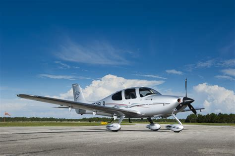 great flight aircraft cirrus sr