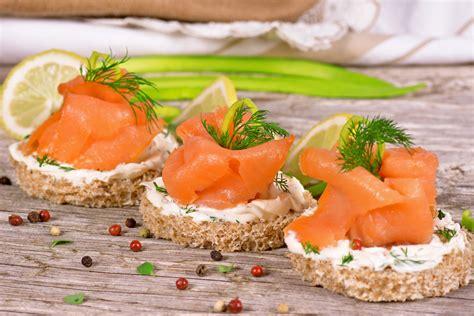 toasts saumon fum 233 cr 232 me fra 238 che et ciboulette sans gluten valpiform