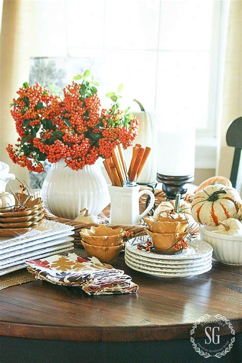10 Tips For Setting A Beautiful Fall Harvest Table