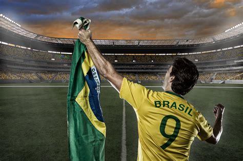 Uefa euro 2020 will take place between 11 june and 11 july 2021. Fußball-Legenden aus Brasilien