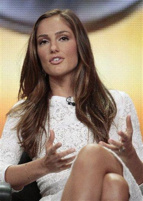 minka kelly  chris evans reportedly split daily dish