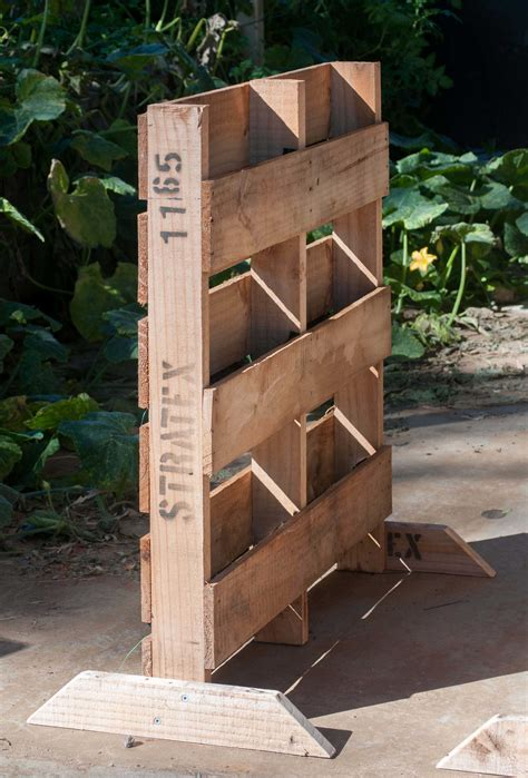How To Build A Vertical Pallet Garden by How To Build A Vertical Pallet Garden Katek Fertilizers