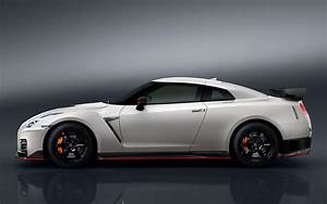 2016 Nissan GT-R Nismo - Wallpapers and HD Images Car Pixel